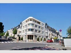 Bureau à louer 8 Chambres à Luxembourg-Belair - Réf. 5856135