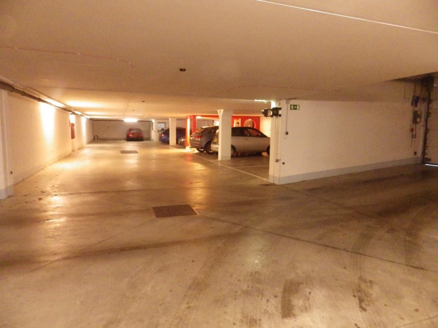 Garage - Parking à vendre à Luxembourg-Cents