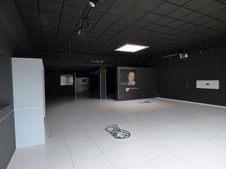 acheter local commercial 0 pièce 218 m² saint-gilles-croix-de-vie photo 6