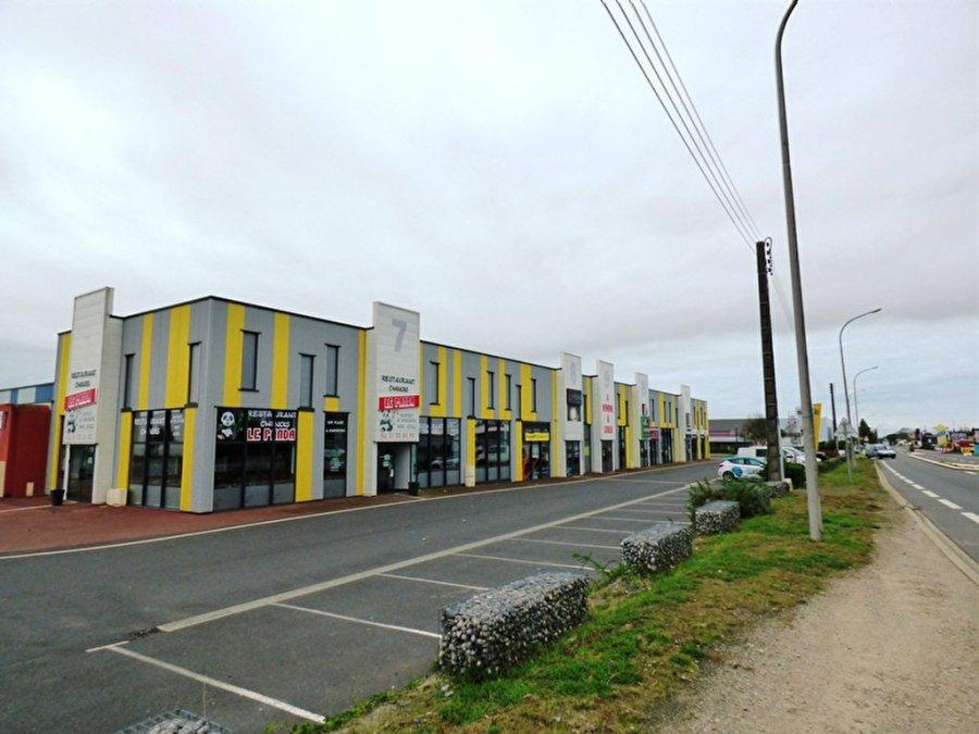 acheter local commercial 0 pièce 218 m² saint-gilles-croix-de-vie photo 2