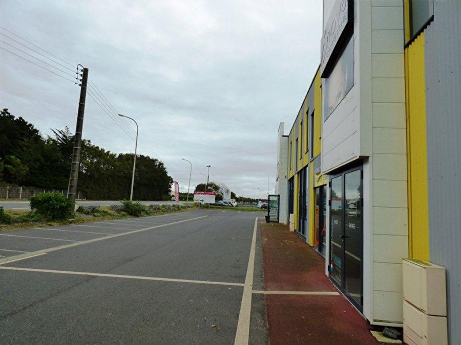 acheter local commercial 0 pièce 218 m² saint-gilles-croix-de-vie photo 7