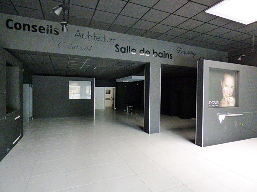 acheter local commercial 0 pièce 218 m² saint-gilles-croix-de-vie photo 3