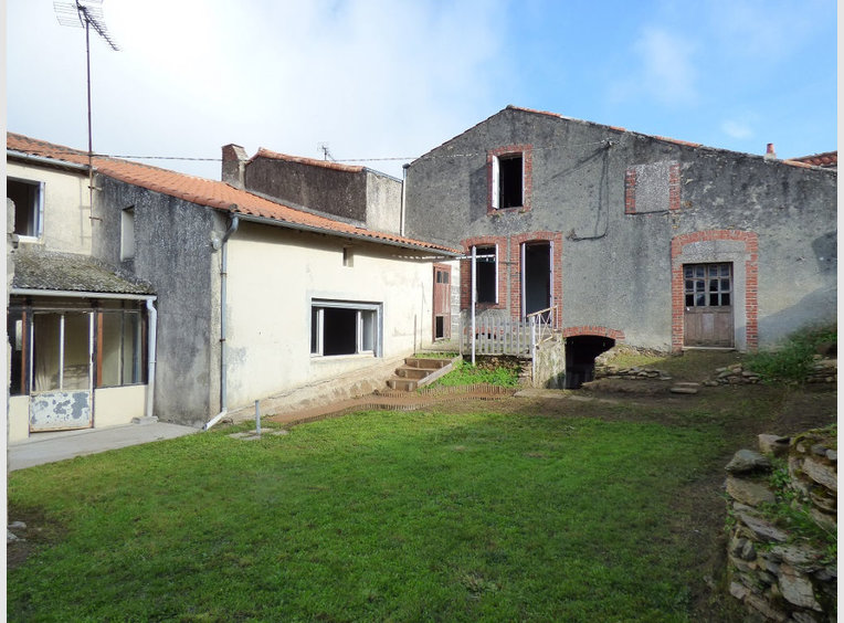 Vente maison 4 pi ces chantonnay vend e r f 5609367 for Maison de l emploi chantonnay