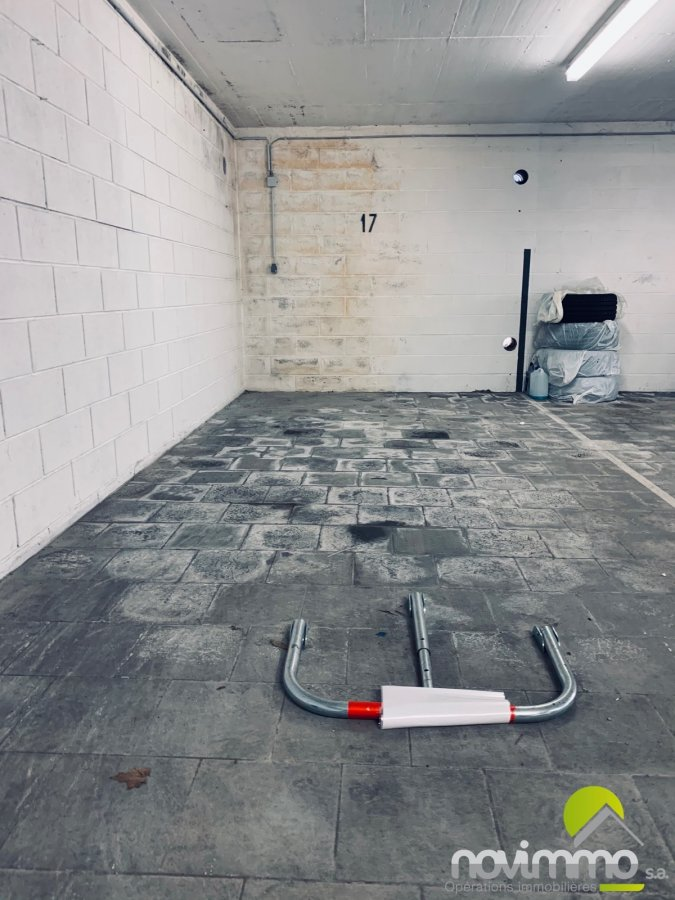 acheter garage fermé 0 chambre 13.18 m² berchem photo 2