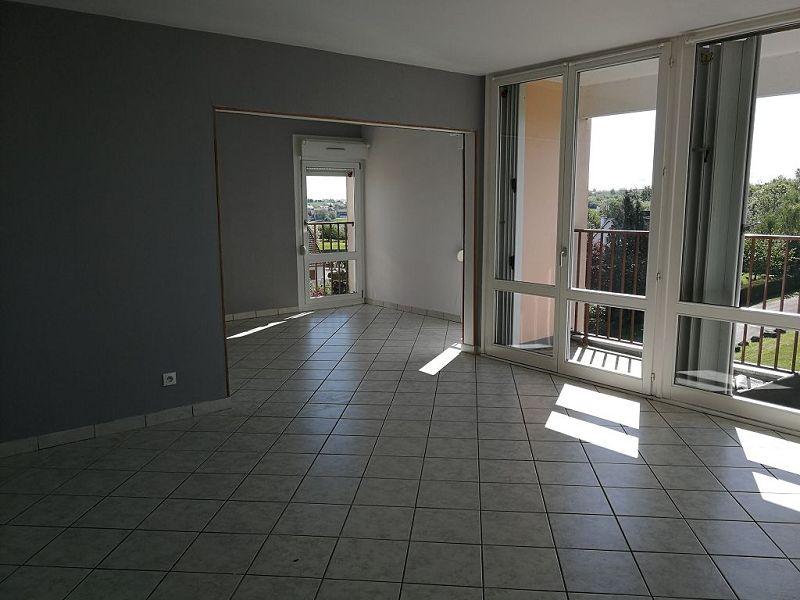 louer appartement 4 pièces 73.49 m² vittel photo 1