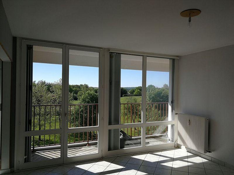 louer appartement 4 pièces 73.49 m² vittel photo 2