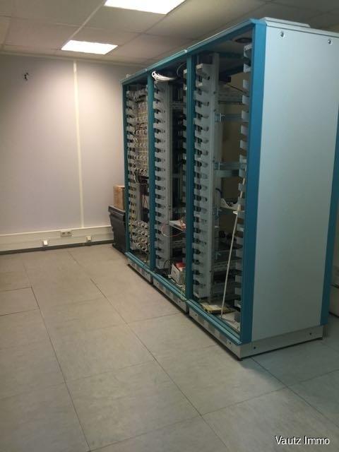 louer bureau 0 chambre 740 m² contern photo 3