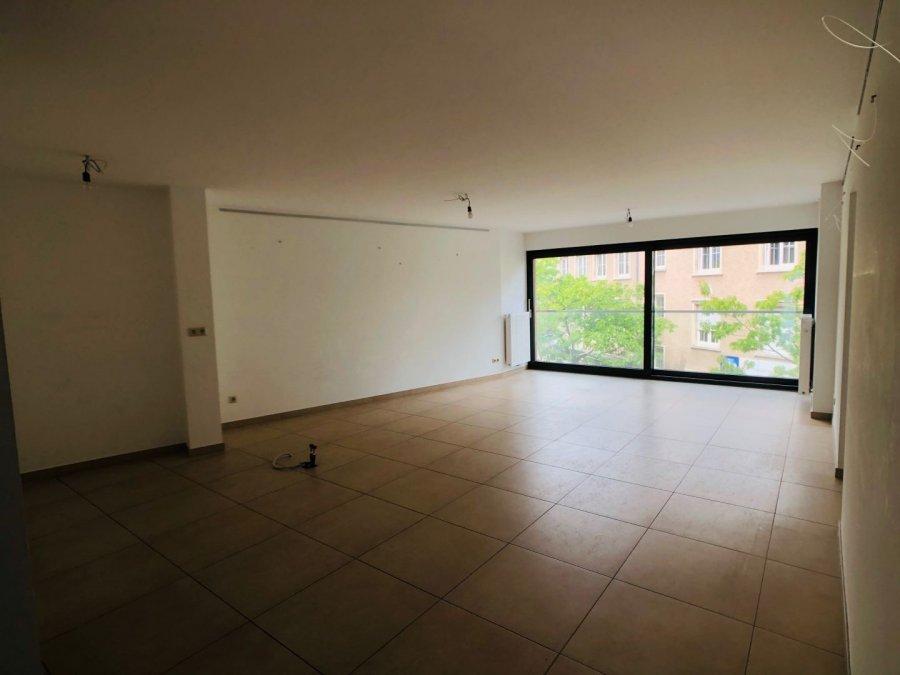 wohnung mieten 2 schlafzimmer 97 m² ettelbruck foto 3