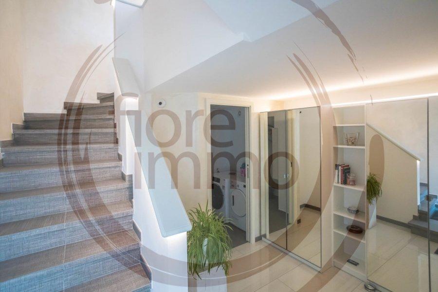 Maison mitoyenne à vendre 4 chambres à Munsbach