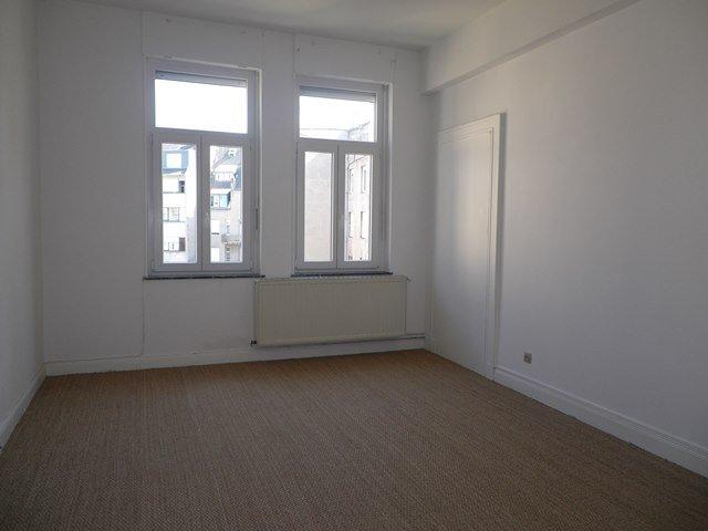 louer appartement 5 pièces 131 m² metz photo 4