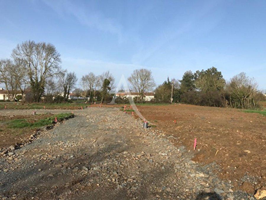 acheter terrain constructible 0 pièce 557 m² saint-hilaire-la-forêt photo 1