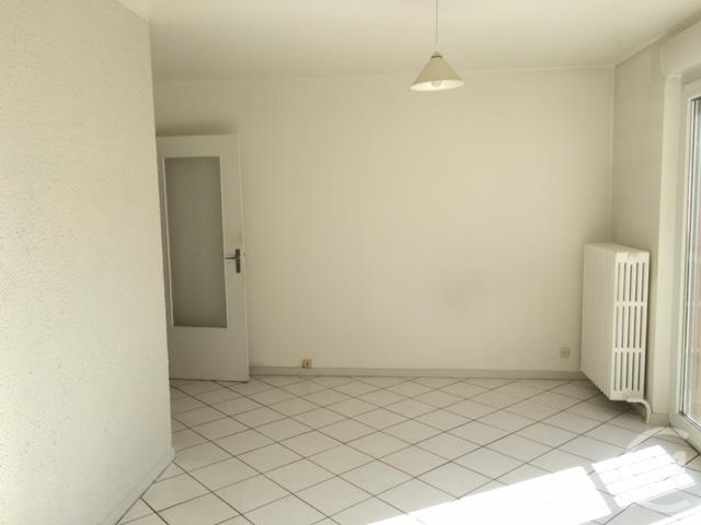 louer appartement 2 pièces 51.84 m² thionville photo 4