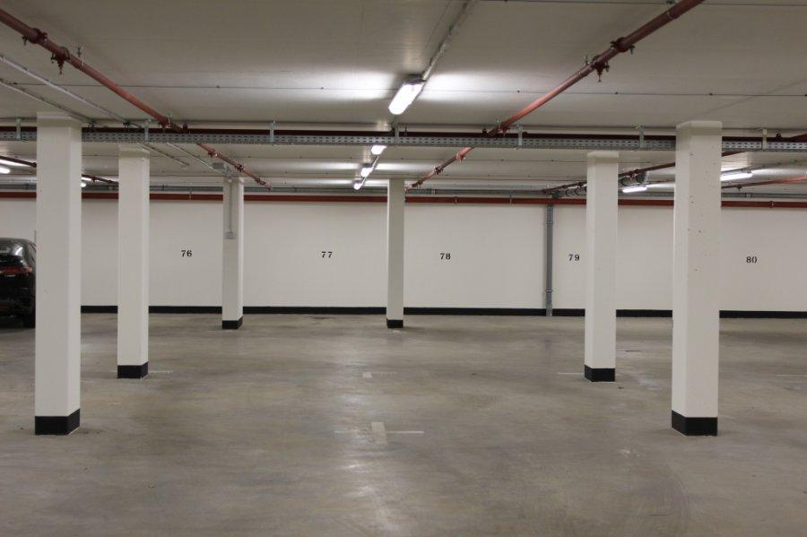 Garage - Parking à louer à Bertrange