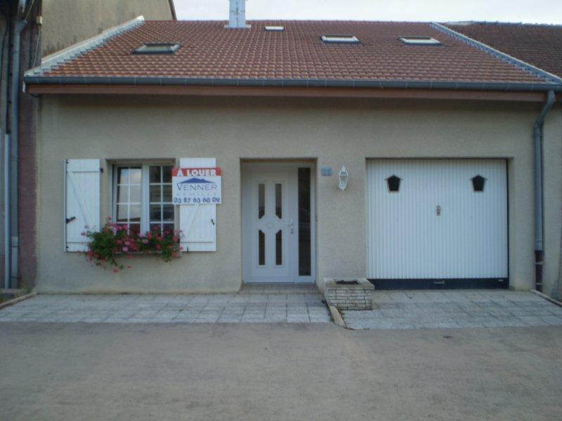 Maison à louer F6 à Remilly
