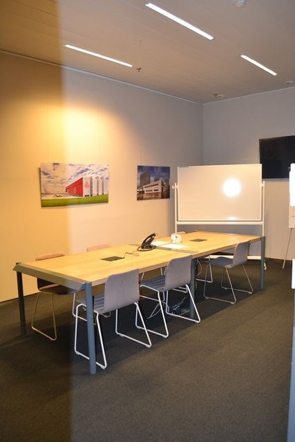 louer bureau 0 chambre 60 m² leudelange photo 2