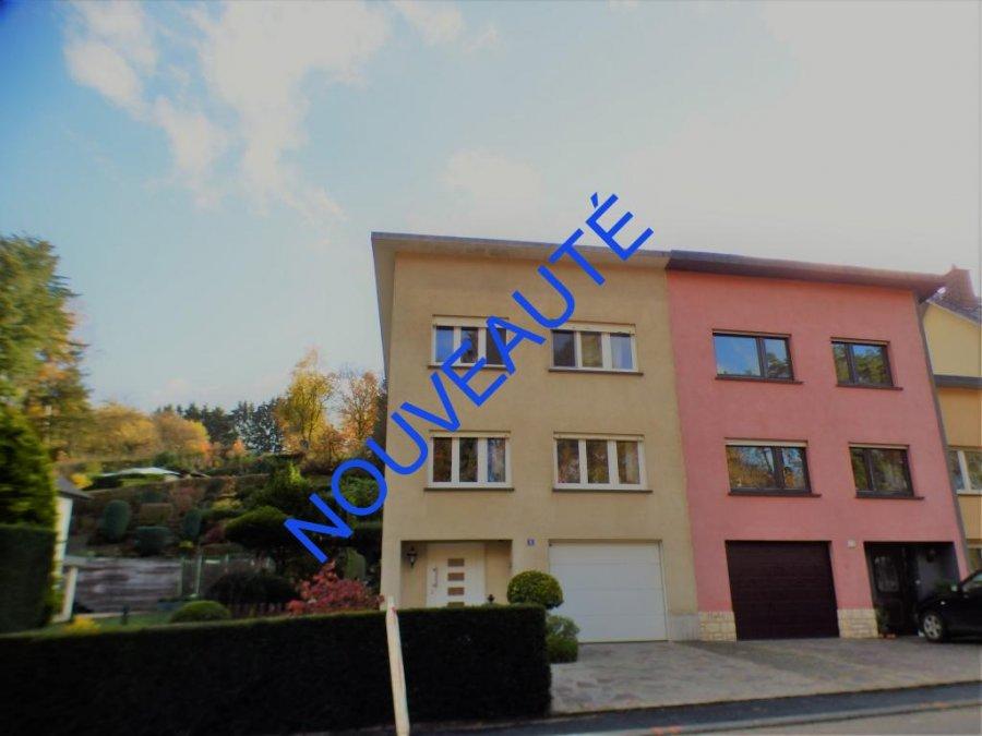 Maison jumelée à vendre 2 chambres à Sandweiler