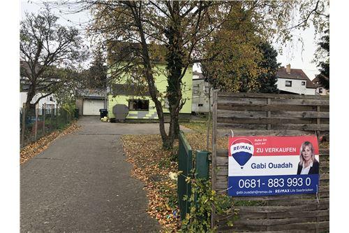 einfamilienhaus kaufen 0 zimmer 389 m² saarbrücken foto 1