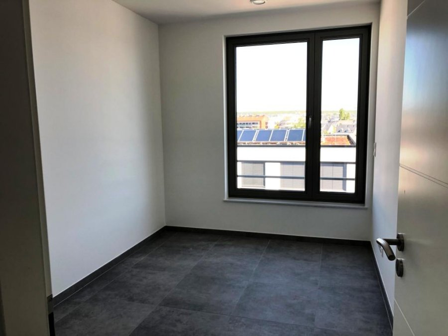 louer appartement 2 chambres 84.91 m² bertrange photo 7