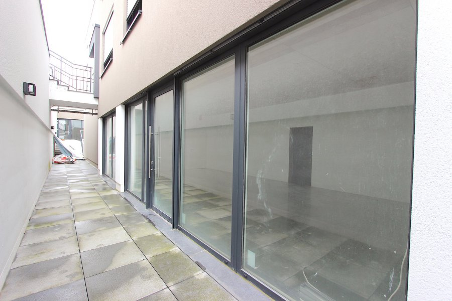 acheter local commercial 0 chambre 61.5 m² schouweiler photo 1