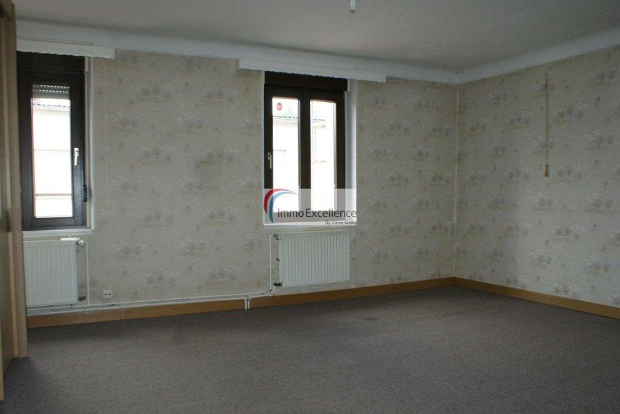 Maison mitoyenne à vendre 5 chambres à Rosport
