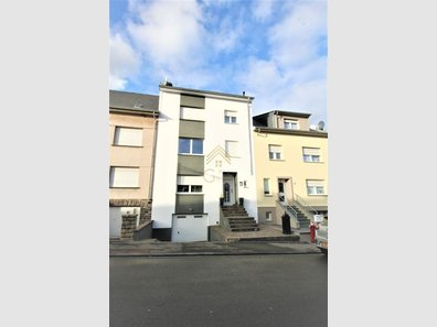 Haus zum Kauf 6 Zimmer in Oberkorn - Ref. 6618343