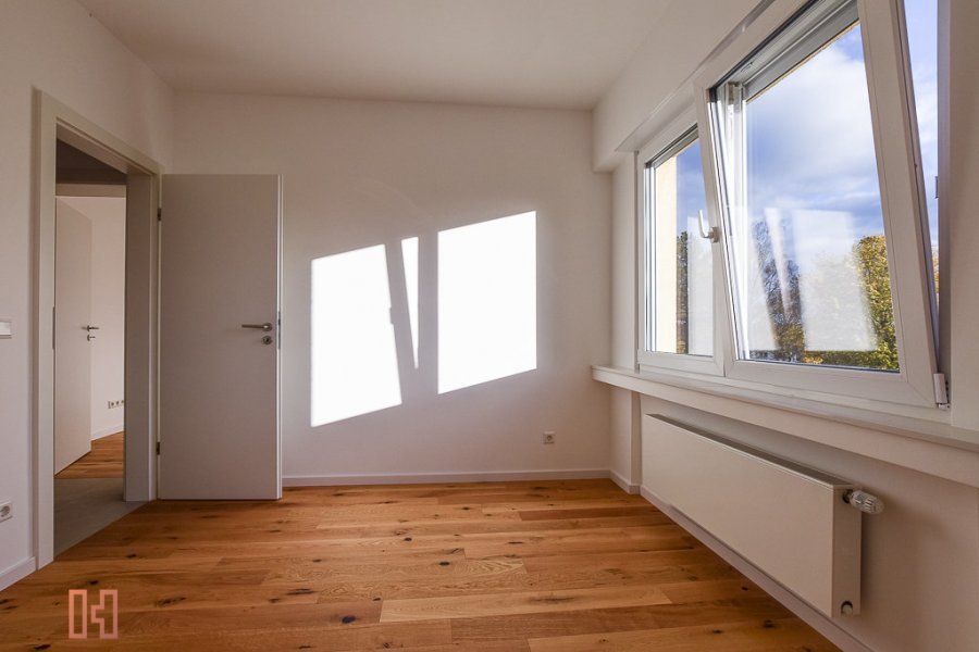 louer appartement 2 chambres 83 m² strassen photo 6
