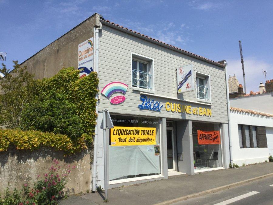 acheter entrepôt 0 pièce 133.52 m² saint-gilles-croix-de-vie photo 1