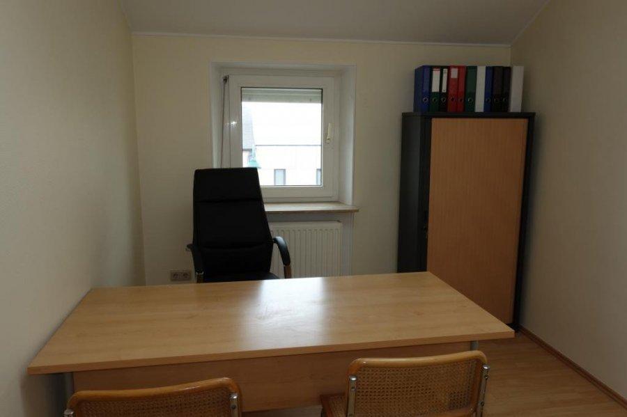 louer bureau 0 chambre 9 m² mamer photo 1