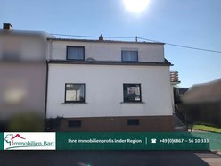 House for sale 5 rooms in Mettlach - Ref. 7303159