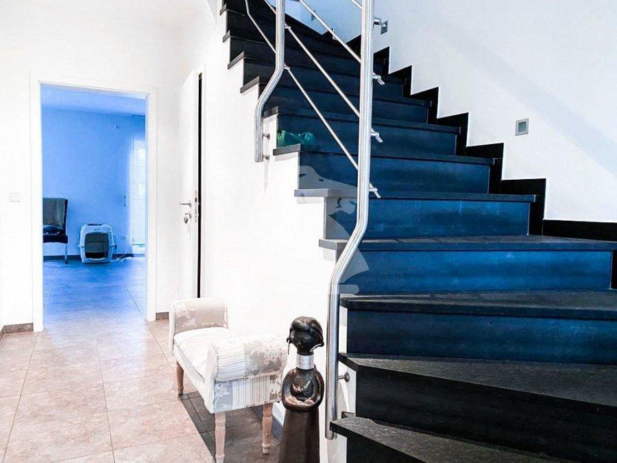 louer maison jumelée 4 chambres 205 m² junglinster photo 2