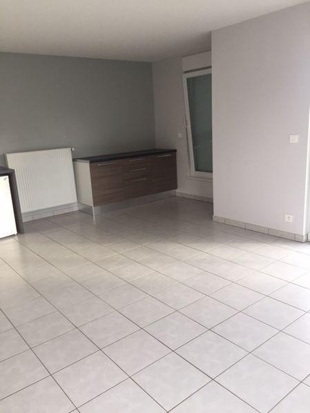 louer appartement 3 pièces 66 m² metz photo 4