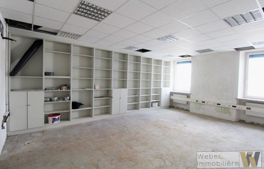büro mieten 0 schlafzimmer 251 m² wecker foto 2