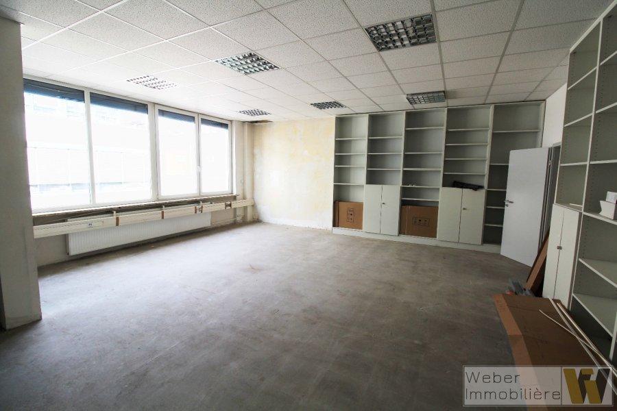 büro mieten 0 schlafzimmer 251 m² wecker foto 3