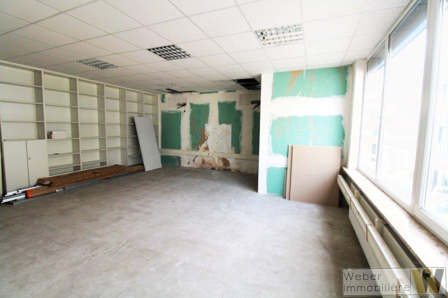 büro mieten 0 schlafzimmer 251 m² wecker foto 4
