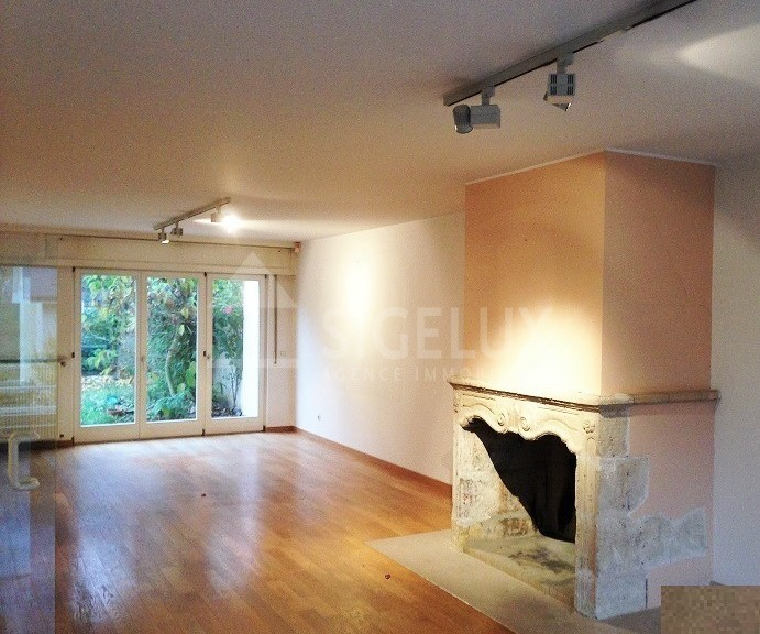 Maison mitoyenne à louer 6 chambres à Luxembourg-Belair