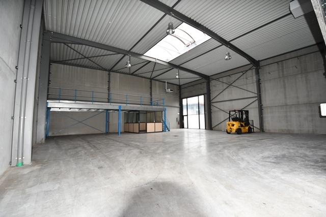louer bureau 0 chambre 427.94 m² bascharage photo 6