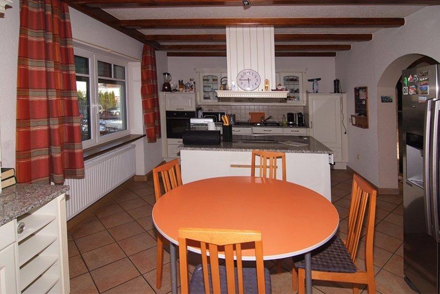 haus kaufen 9 zimmer 205 m² losheim foto 6