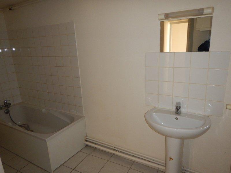 louer appartement 4 pièces 97.13 m² rosières-aux-salines photo 5
