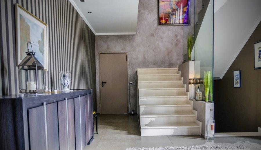 einfamilienhaus kaufen 0 zimmer 378 m² wincheringen foto 1
