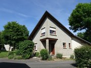 House for rent 4 bedrooms in Canach - Ref. 6801736
