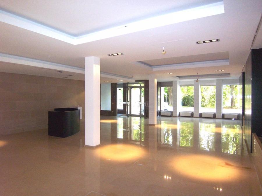 louer bureau 1 chambre 650 m² luxembourg photo 2