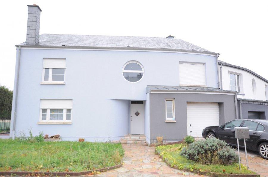 Maison jumelée à vendre 4 chambres à Junglinster