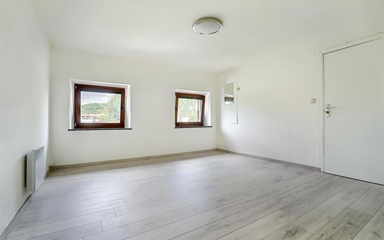 louer appartement 0 pièce 88 m² liège photo 4