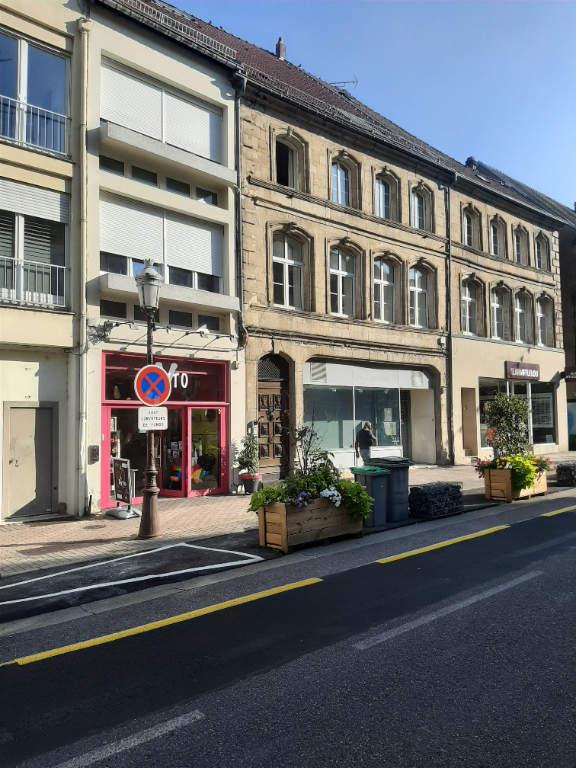 louer local commercial 0 pièce 195.67 m² saint-avold photo 1