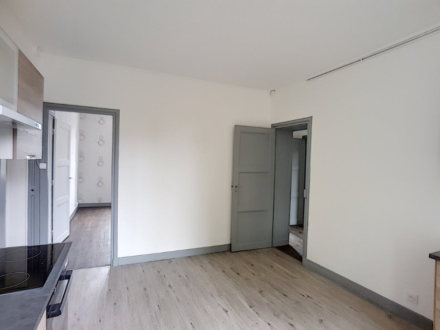 louer appartement 3 pièces 61 m² bar-le-duc photo 2