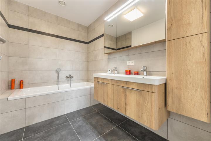 acheter maison 4 pièces 191.5 m² virton photo 7