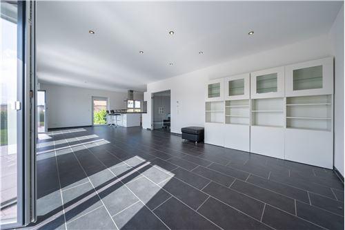 haus mieten 4 zimmer 150 m² kastel-staadt foto 3