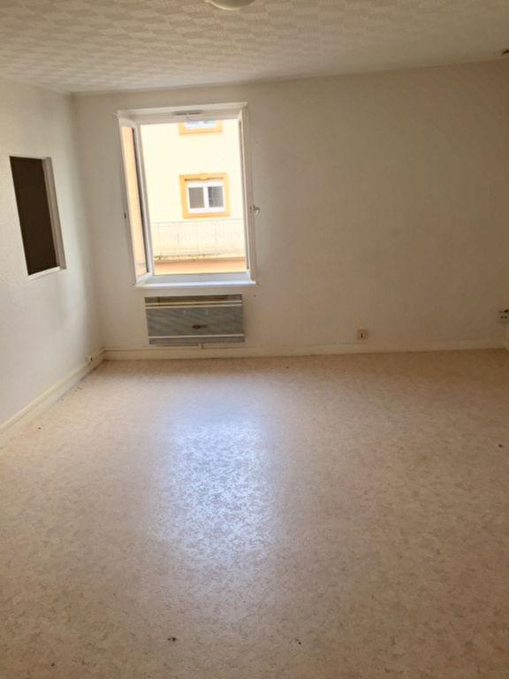Appartement à louer F2 à Moyeuvre grande