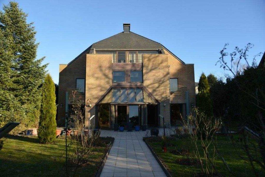 acheter maison 6 chambres 430 m² leudelange photo 2