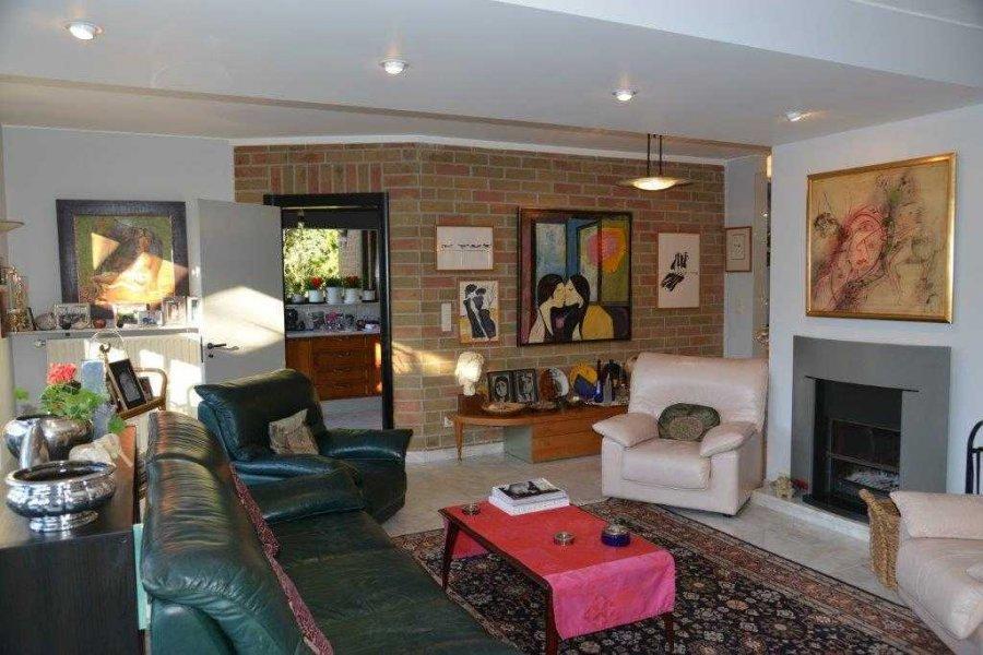 acheter maison 6 chambres 430 m² leudelange photo 4